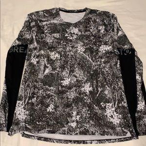 Lululemon Large Men's Long Sleeve Shirt